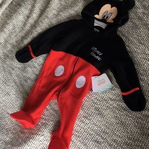 NWT ❤️ Mickey Mouse Zip Up Disney Baby 3-6 Months